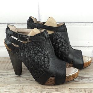 Matisse Hendricks 8.5 black woven leather sandals